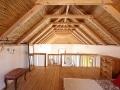 Massive Holzkonstruktion in Wohnraum mit WOODBLISS behandelt