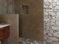 Tadelakt KREIDEZEIT aplicado en una ducha en Portugal