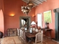 Sala de jantar com tinta de argila