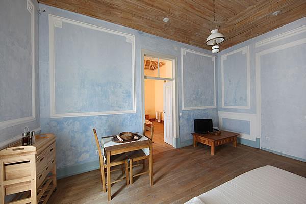 Stuccolustro com Pigment Azul Espinela